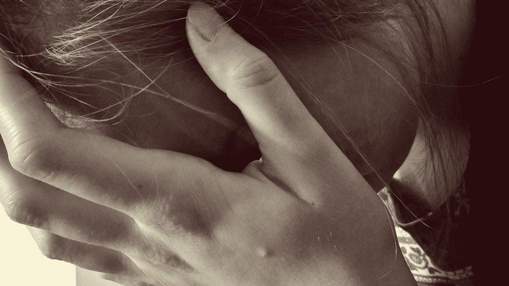 被害者の顔をした加害者